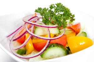 №1013 / Салат из свежих овощей