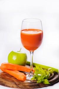 7510/Яблочно-морковный фреш с сельдереем