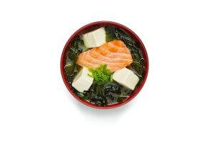 №202 / Суп мисо с лососем